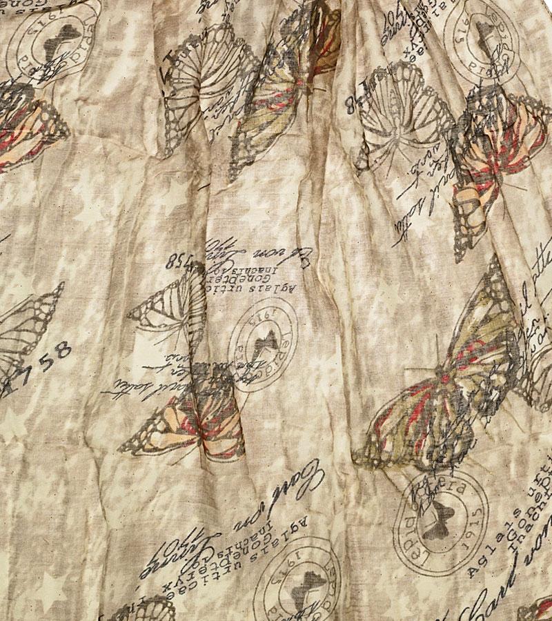 Tuecher und Schals mit Schmetterlingen